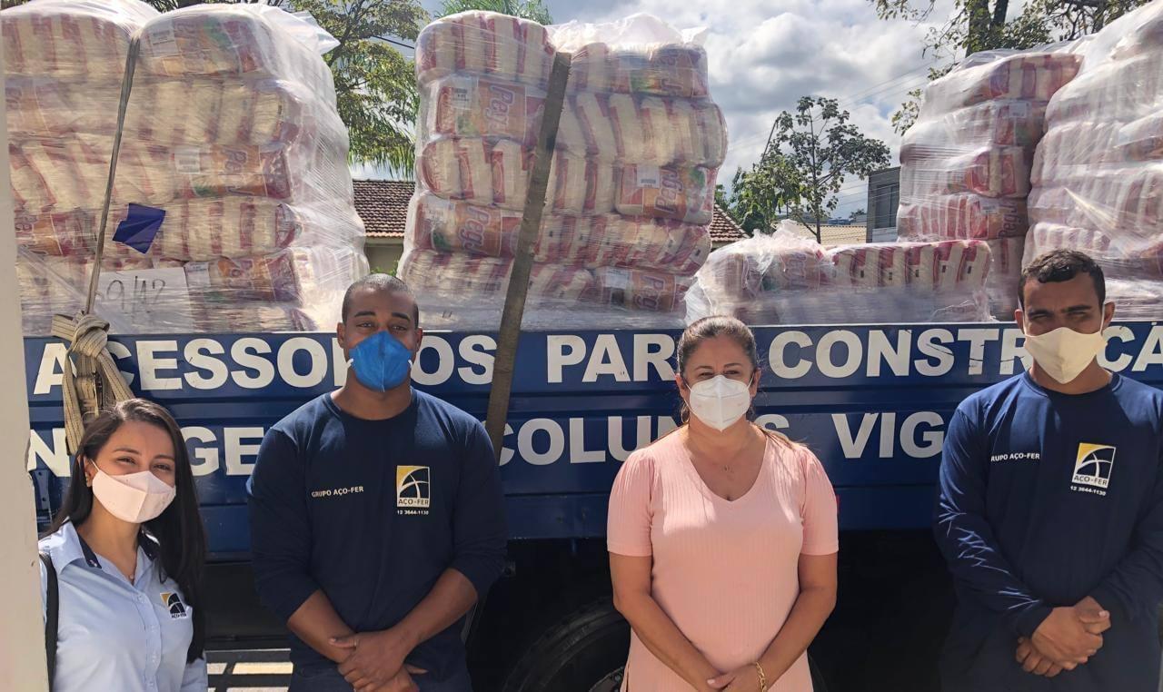 Empresa AÇO-FER faz doações ao município de Cachoeira