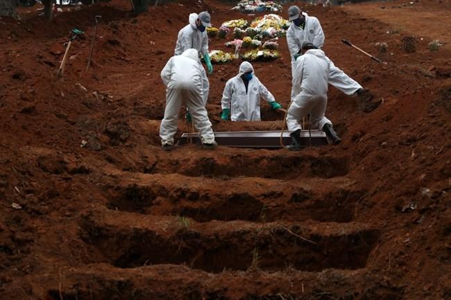Brasil tem semana mais letal da pandemia
