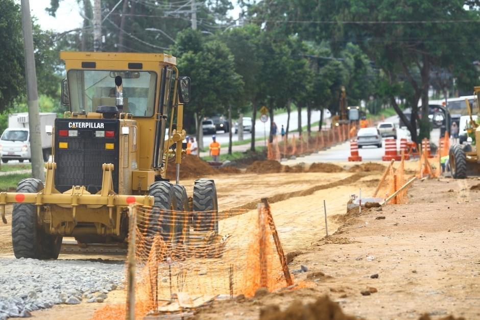 Trecho da região sul de São José dos Campos está interditada devido a obras públicas
