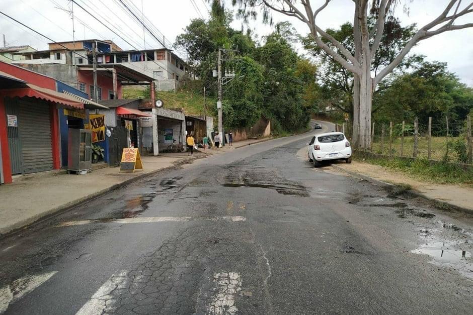 Em São José, estrada no Bom Retiro fica totalmente interditada