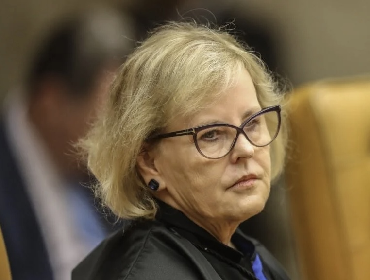 Ministra Rosa Weber suspende trechos de decretos sobre porte de arma