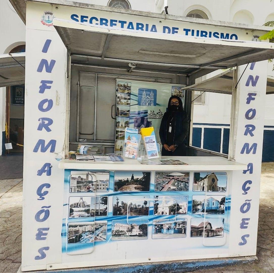 Postos de informações turísticas voltam a funcionar em Aparecida