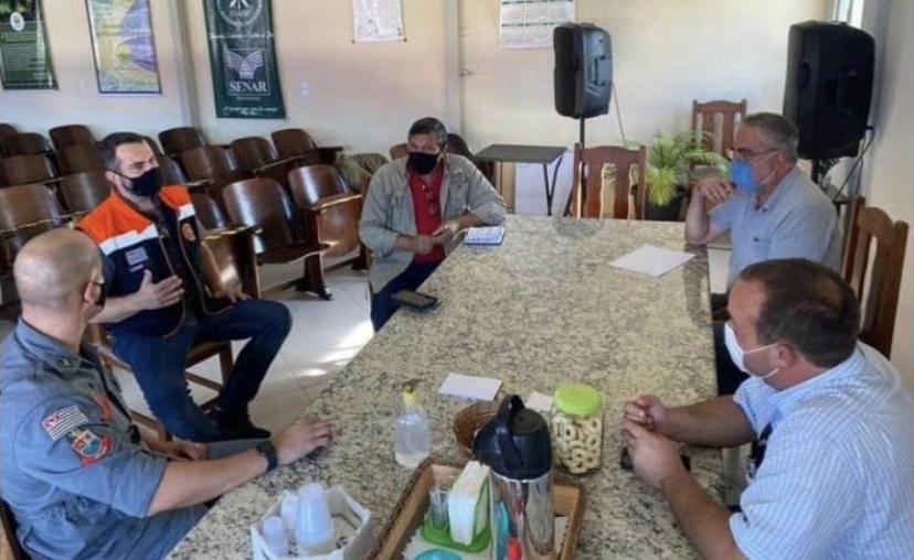 Prefeitura de Pinda discute a possibilidade da criação de uma brigada de combate a incêndios na zona rural