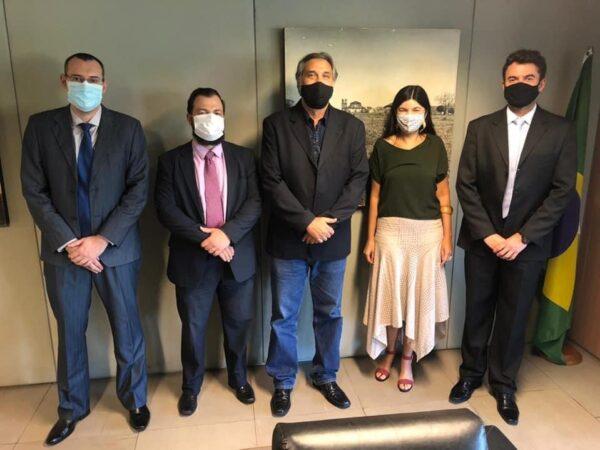 Representantes do governo de Cruzeiro visitam Brasília em busca de melhorias