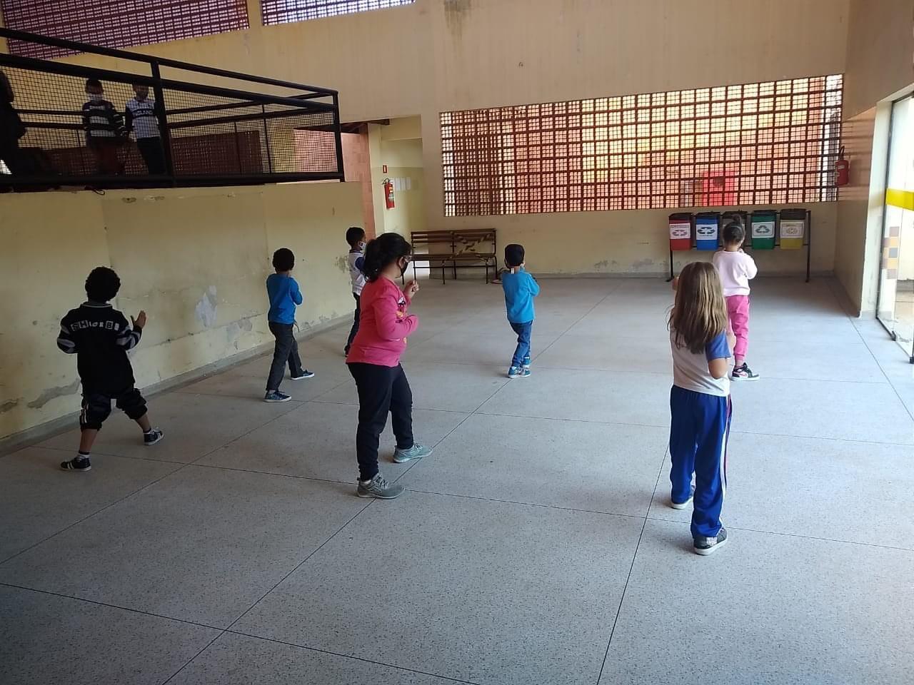 Projeto da Prefeitura de Guará integra o esporte à rotina dos alunos