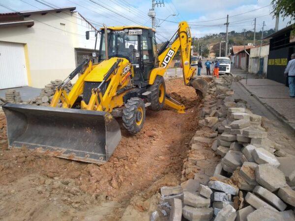 Serviços continuam sendo realizados em Guará pela Secretaria de Obras